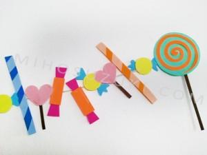 Arrange paper candies however you like.